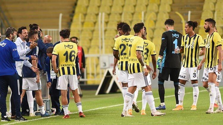 Fenerbahçe'de gidecek isimler belli oldu