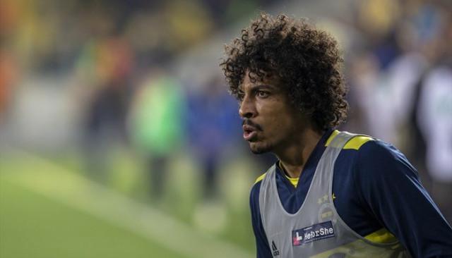 Fenerbahçe'de Luiz Gustavo derbide cezalı