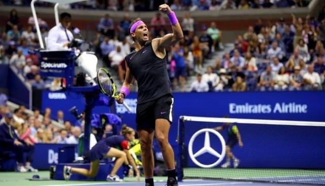 Nadal, ABD Açık Tenis Turnuvası'nda rakibi Medvedev'i yenerek şampiyon oldu