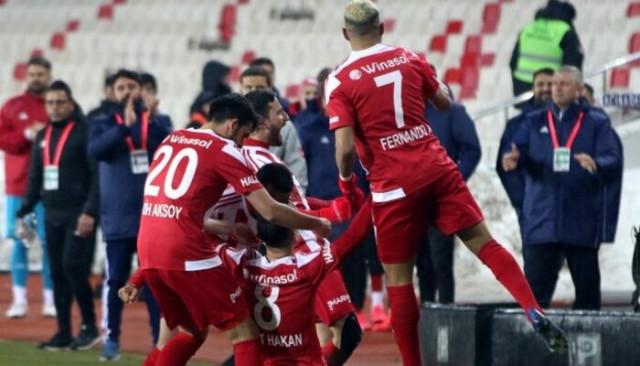 Mert Hakan Yandaş'dan gol sevincini açıklaması!
