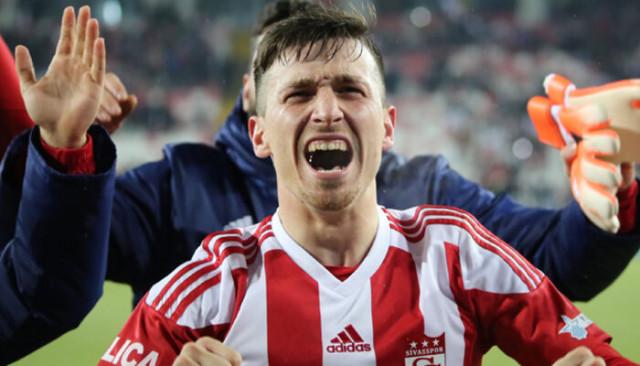 Mert Hakan bu sezonki 9. golünü attı