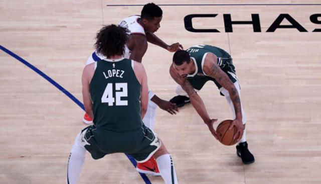 NBA'de Doğu Konferansı'nın zirvesindeki maçı Bucks kazandı