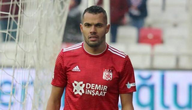 Fernando, Sivas'a dönüyor
