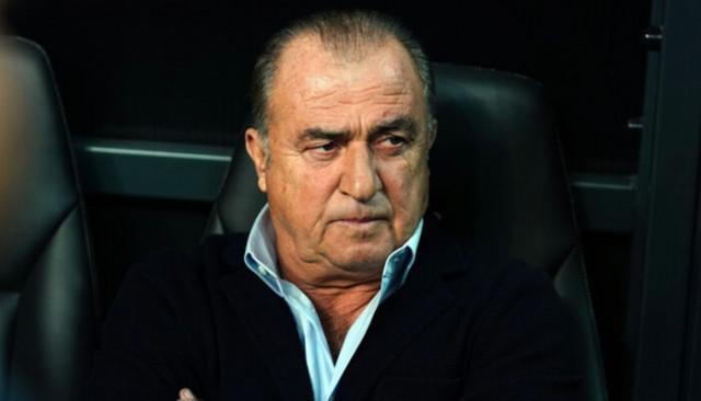 Galatasaray'da Belhanda gelen teklifleri geri çevirdi