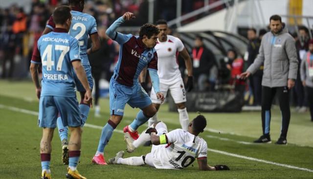 ÖZET   Gençlerbirliği-Trabzonspor maç sonucu: 0-2 (Süper Lig Puan Durumu)