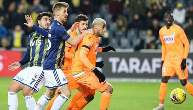 ÖZET   Fenerbahçe-Alanyaspor maç sonucu: 1-1 (Süper Lig Puan Durumu)