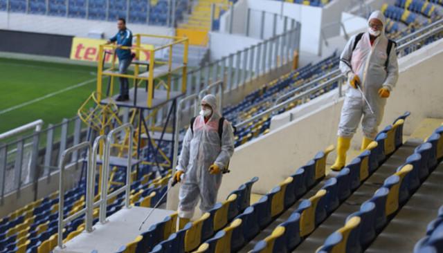 Eryaman Stadyumu'nda dezenfeksiyon çalışması