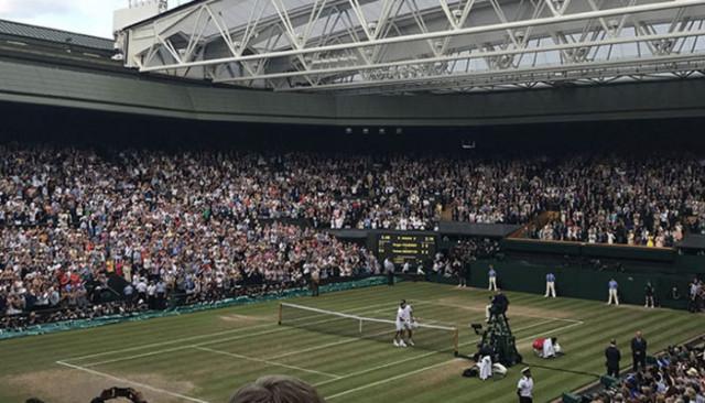 Roland-Garros'a koronavirüs darbesi!