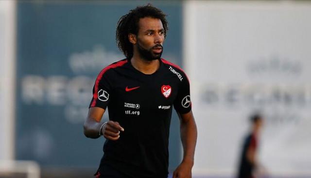 Galatasaray'da sağ bek için hedef Nazım Sangare