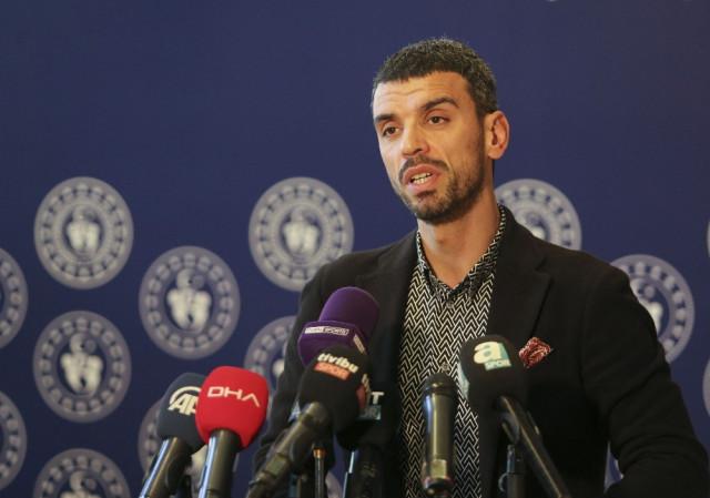 AK Partili Sofuoğlu, 3 aylık maaşını TBMM'ye bağışladı