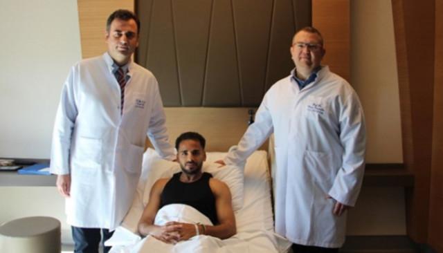 Beşiktaşlı Douglas ameliyat edildi
