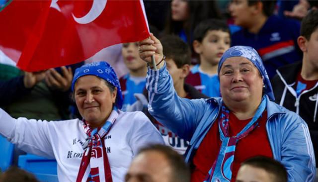 Süper Lig'in kadın seyirci oranı en yüksek tribünü Trabzonspor'da