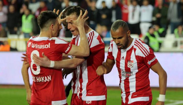 Sivassporlu Mert Hakan, Fatih Aksoy ve Hakan Arslan'da açıklamalar