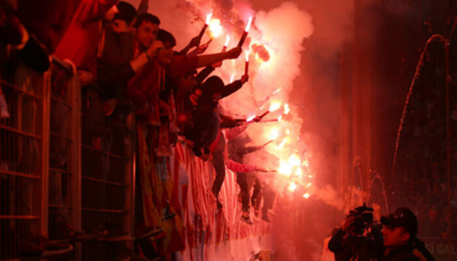 UEFA, Galatasaray'a ceza kesti!