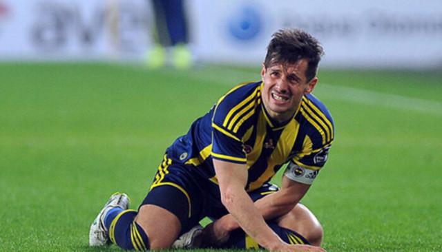 Jardel, Emre Belözoğlu'nun üzerine çarpı attı