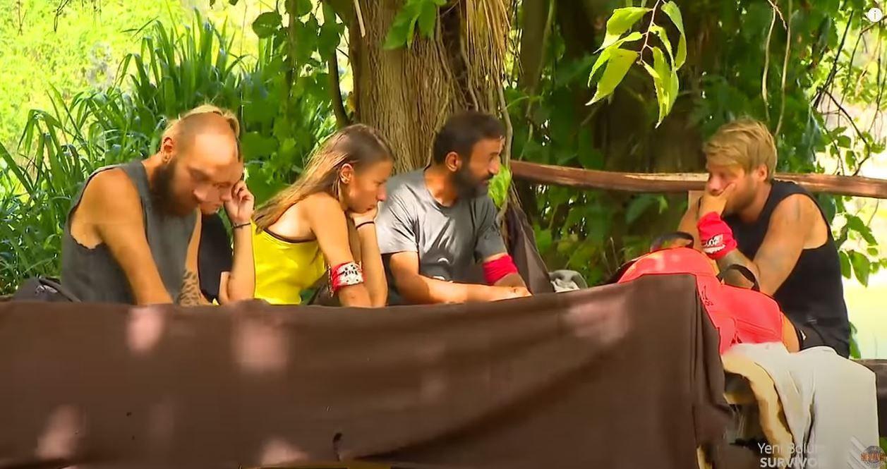 Survivor'dan elenen Ersin Korkut, Mert'in ailesini aradı