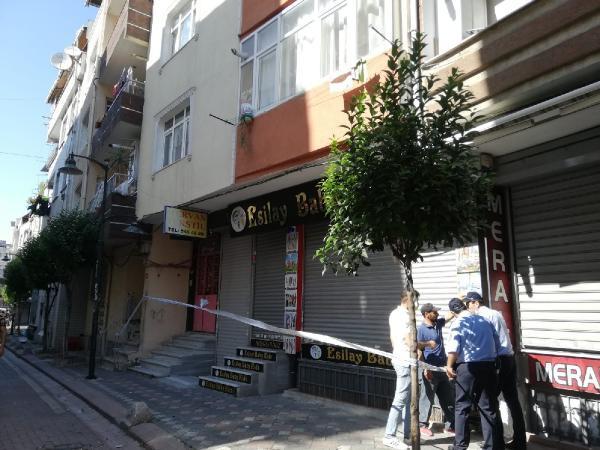 İstanbul'da 4 katlı bina apar topar tahliye edildi