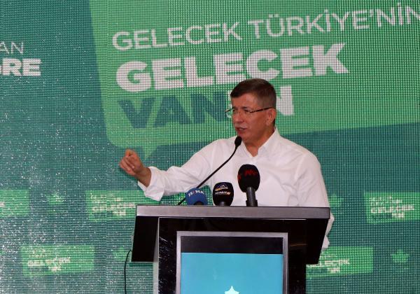 Davutoğlu'ndan doğal gaz keşfi için ilk açıklama