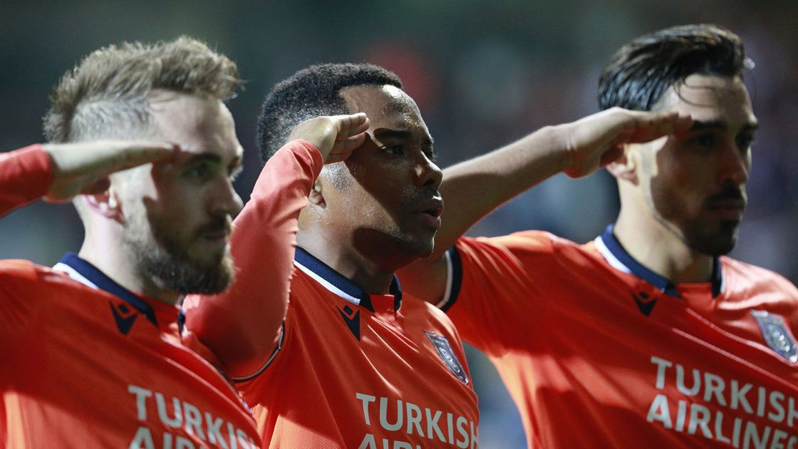 İrfan Can Kahveci'den canlı yayında Galatasaray yanıtı