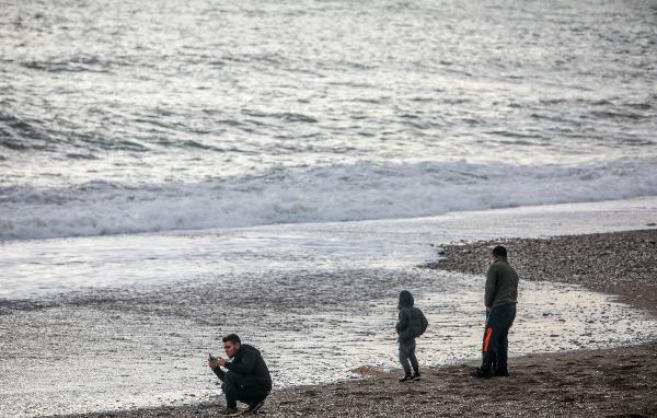 Turistler Antalya'da bu fotoğraf için birbirleriyle yarıştı